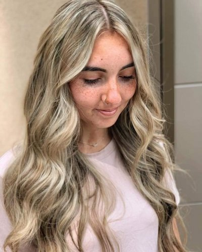 blonde-hair-color-brecklyn-605-styling-co-sioux-falls