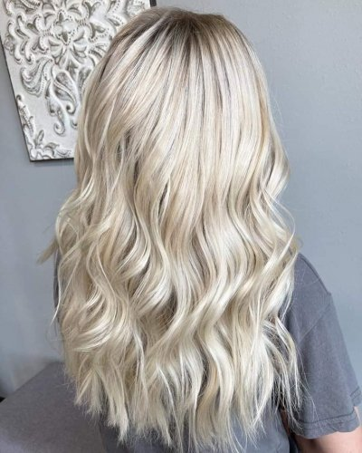platinum-blonde-605-styling-co-sioux-falls