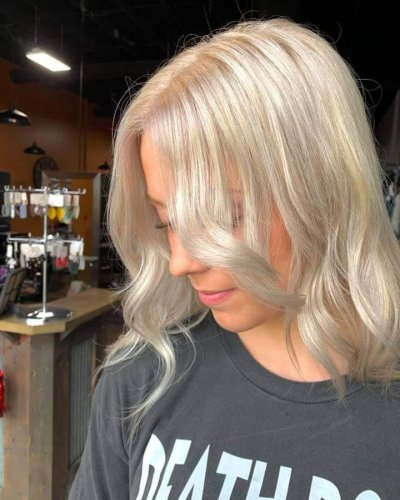 platinum-blonde-by-Madi-605-styling-co-sioux-falls-sd